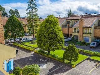 Casa en venta en Santa Helena de 4 hab. con Jardín...