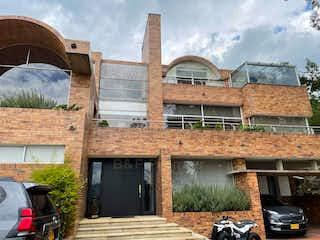 Casa en venta en Aposentos de 4 habitaciones