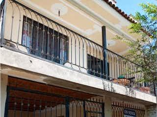 Casa en venta en Fracc Educadores Jalicienses de 4 hab.