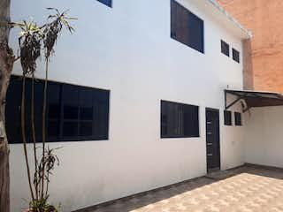 Magnifica y amplia casa para oficinas