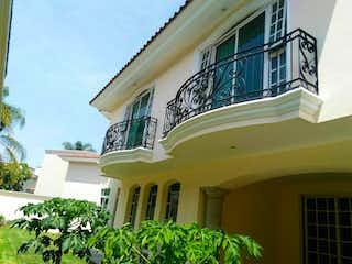 Casa en venta en Fracc Puerta De Hierro de 3 hab. con Zonas húmedas...