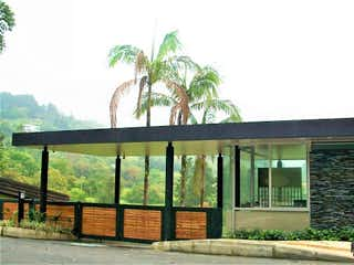 Loma Del Escobero, Lote en venta en Loma Del Atravezado de 1788m²