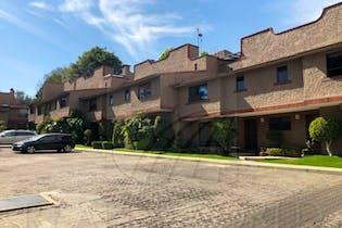 Casa en Venta. En Condominio. Jesús del Monte, Cuajimalpa de Morelos