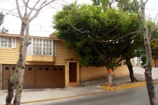 Casa en Venta en Lomas del Huizachal, Naucalpan de Juárez