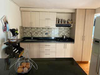 1er Piso, Apartamento en venta en Cabañitas de 4 hab. con Jardín...
