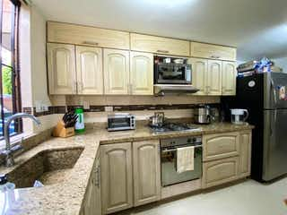 Se Vende Hermosa Casa Envigado Loma Del Escobero