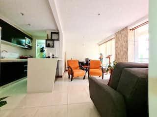 Piso Medio, Apartamento en venta en Santa Ana de 3 hab. con Zonas húmedas...