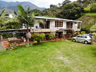 Hermosa Casa-finca Moderna En Zona Exclusiva De Bello