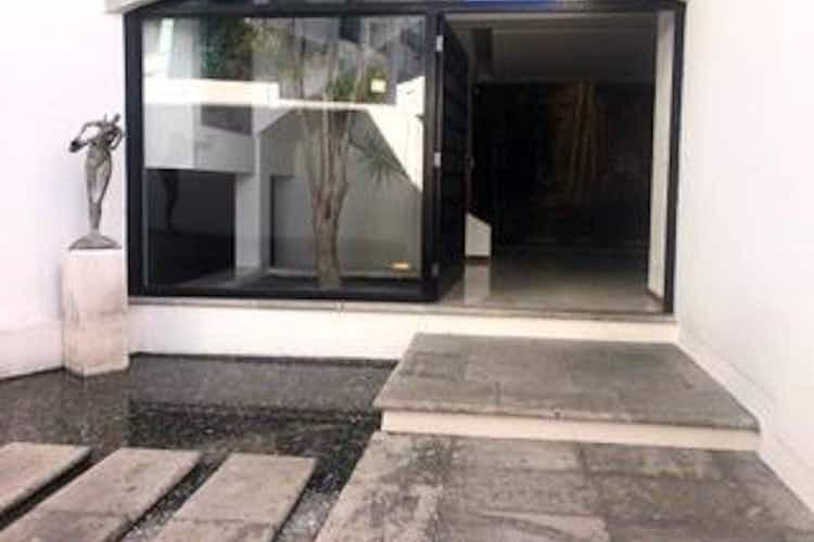 Portada Hermosa casa en venta y renta en Paseos de las Lomas