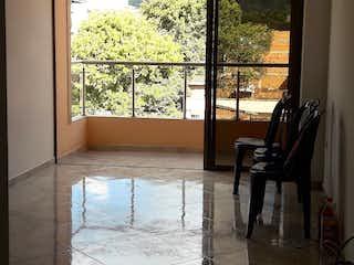 Apartamento en venta en Casco Urbano Girardota, 70m² con Balcón...