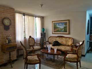Apartamento en venta en Rosales de 3 hab.