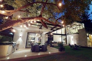Casa en venta en Parque Del Pedregal con acceso a Jardín