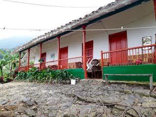 Casa en venta en Mangarriba 5500m²