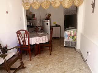 1er Piso, Apartamento en venta en Alfonso López de 3 habitaciones