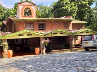 Casa en venta en Casco Urbano Sopetrán de 8500m² con Piscina...