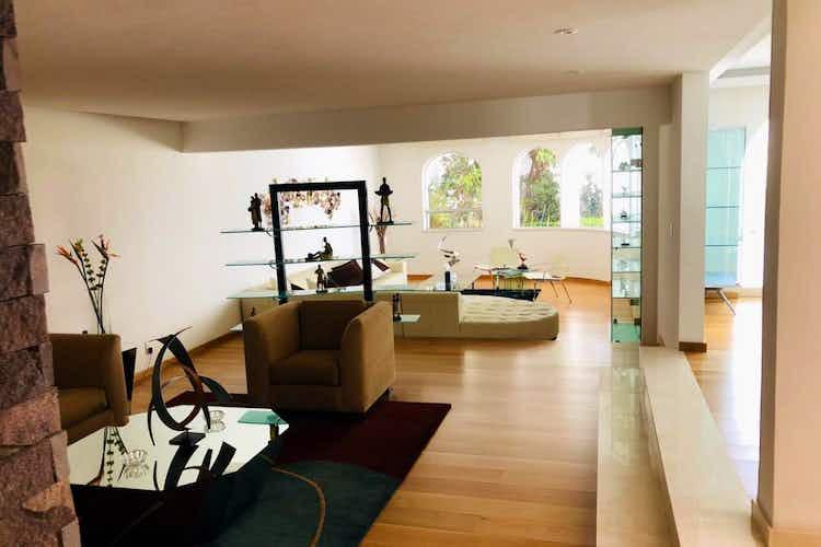 Portada Casa en venta en Bosques de las Lomas con Jacuzzi
