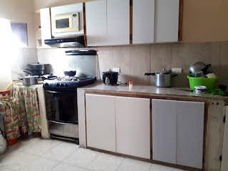 Casa en venta en El Totumo de 4 hab.
