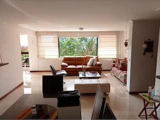 Apartamento Amplio Y Con Vista Panormica Cerca Al Tesoro