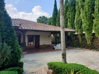 Casa en venta en San Antonio De Pereira de 4 alcoba