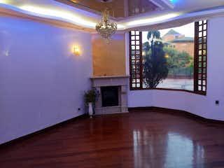 Casa en venta en Colinas de Suba, 300mt de tres niveles