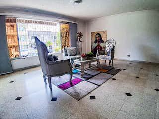 Casa en venta en Los Colores, 250m²