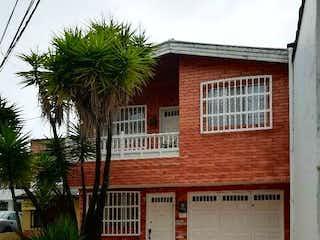 Casa en venta en El Porvenir de 6 hab.