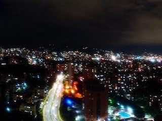 Apartamento en El Diamante, Medellin