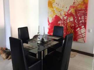 Apartamento en venta en Loma Del Atravezado 96m²