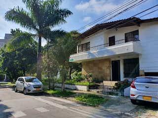 Casa en venta en Barrio Laureles de 5 habitaciones