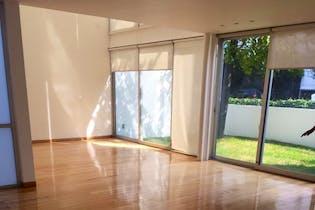 Casa en venta en Fuentes del Pedregal de 3 Recámaras