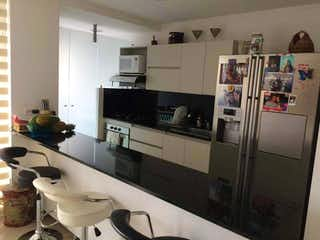 Apartamento en venta en Loma Del Atravezado 77m²