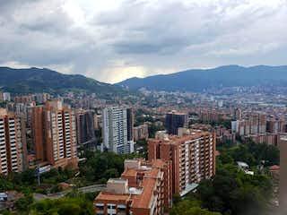 Apartamento en venta en Loma Del Atravezado con Zonas húmedas...