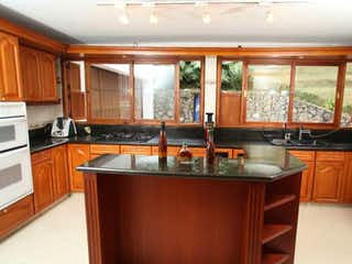 Casa en venta en Barrio Colón 3330m² con Piscina...
