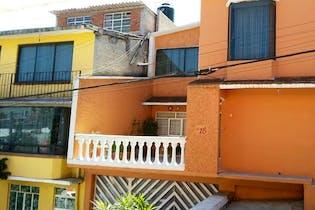 Casa en 3 niveles, Zona Santa Fe Cuajimalpa