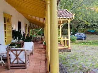 Casa en Palmas, Palmas, de lujo, moderno, , balcón vista atardecer , vista espectacular, tranquilo $ 13000 / 850.m2, Piscina, Medellin