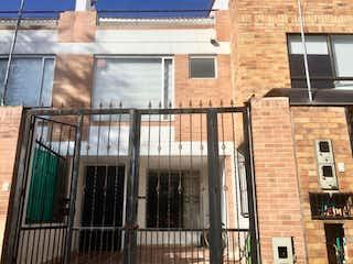 Casa En Venta En Cota Pueblo Viejo
