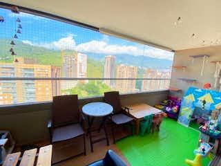 Apartamento en venta en Calle Del Banco de 91m² con Gimnasio...