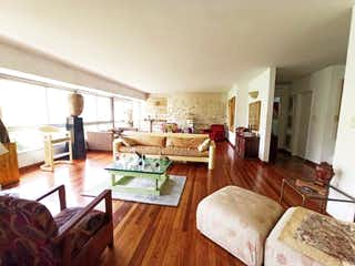 Apartamento en venta en Villa Nueva de 5 alcobas