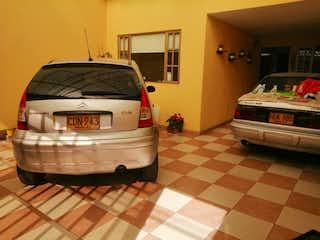 Venta casa Bogota La Guaca garaje 3 carros, 5 habitaciones