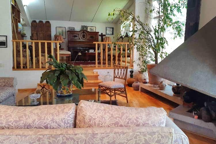 Portada Casa 3 recámaras en Fraccionamiento  con Casa Club, alberca, tenis, salón