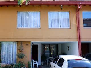 Se vende Casa en el sector de Envigado