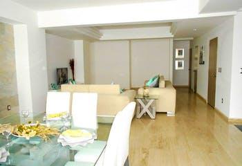 Apartamento en venta en Nápoles de 3 alcobas