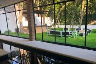 Se Vende hermosa y lujosa residencia en Condado de Sayavedra.