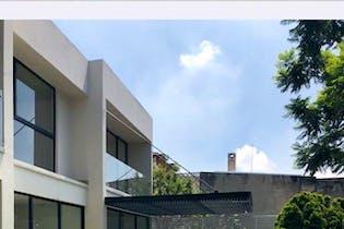 RECIEN REMODELADA EN BOSQUES DE LA HERRADURA
