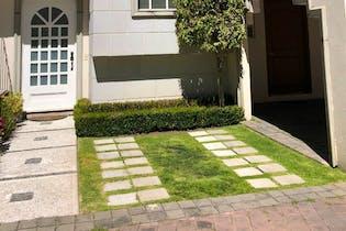 Excelente casa en Venta en Condominio Valle de Aranjuez en Interlomas....