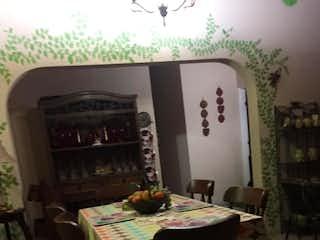 Se Vende Casa Unifamiliar En San Javier, Medellín