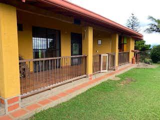 Finca En Rionegro, Casa en venta en San Nicolás de 4 hab.