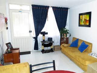 Casa en venta en Almendros con Bbq...