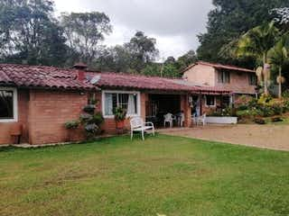 finca En Guarne Antioquia, Casa en venta en Casco Urbano Guarne de 5980m² con Bbq...