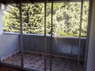 Apartamento en venta en La Candelaria de 4 hab. con Balcón...